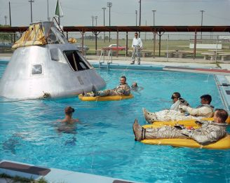 1024px-Apollo_1_crew_during_water_egress_training,_June_1966