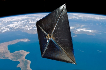 nasas-nanosail-d-solar-sail-unfurled-above-earth-17-jan-2011