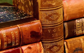 old-books_00321147